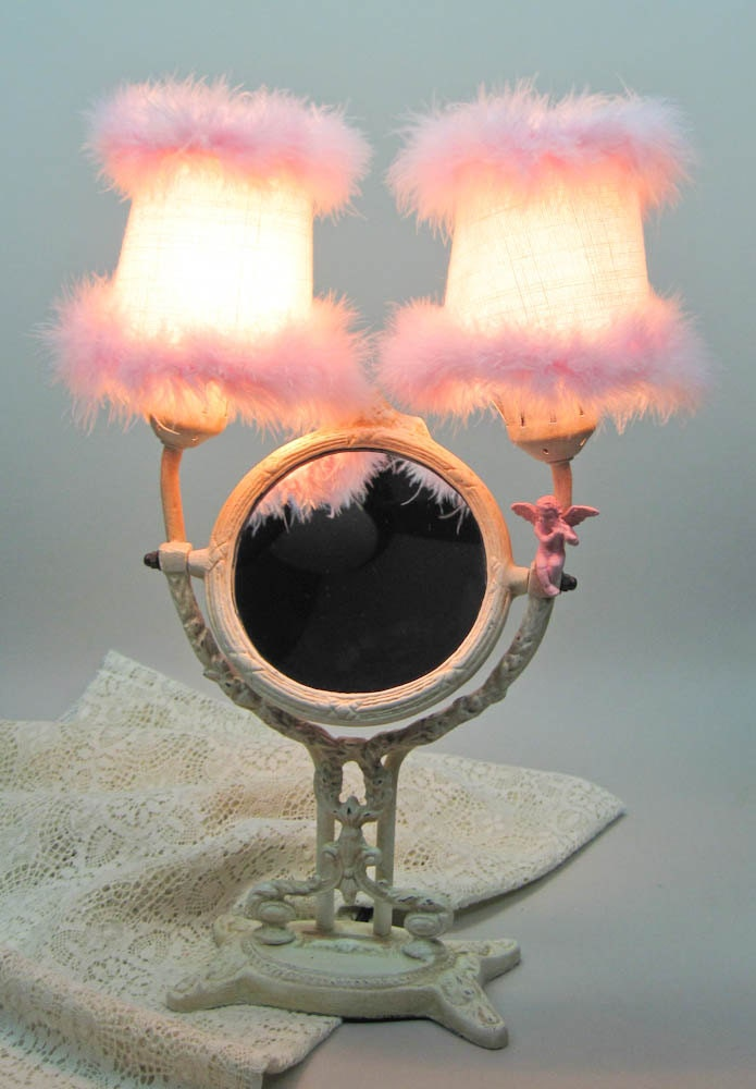 lighted vanity tilt makeup mirror hollywood glam pink feathers. Black Bedroom Furniture Sets. Home Design Ideas