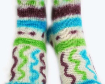KOOL-AID SOCKS Children Size 1-2 / Handknit, Hand-dyed Superwash Merino
