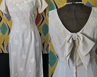 50's/60's Wiggle Wedding Dress  Jack Stern Pristine 1960's Mad Men Wiggle Dress Big Bow Appliques size 10