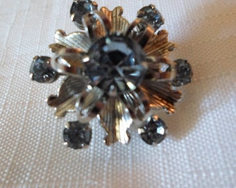 BLUE RHINESTONE BROOCH / Scatter Pin / Snowflake / Christmas / Holiday / Seasonal / Yule / Mid-Century Modern / Retro / Chic / Accessory