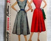 Vintage Pattern Simplicity 4620 Sewing pattern 1950s full skirt dress Bust 34 Rockabilly V neck Tie shoulders New Look Dress