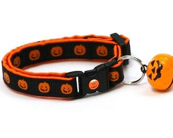Halloween Cat Collar - Jack-O-Lanterns on Black - Kitten or Large Size