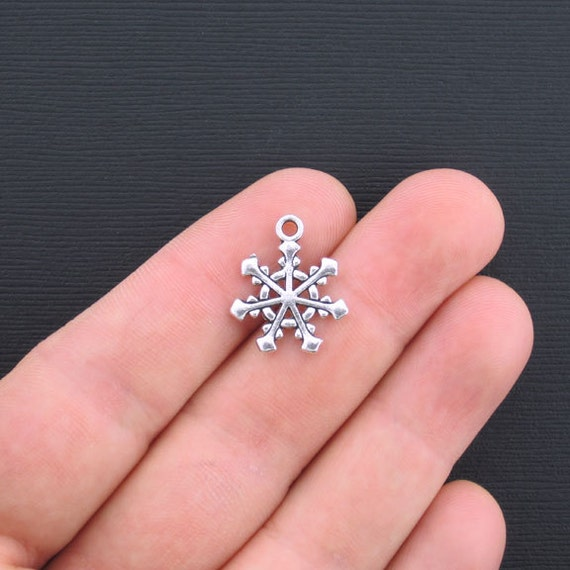 bulk 50 snowflake charms antique silver tone beautiful design