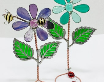 3D Self-standing Stained Glass Flower with Insects