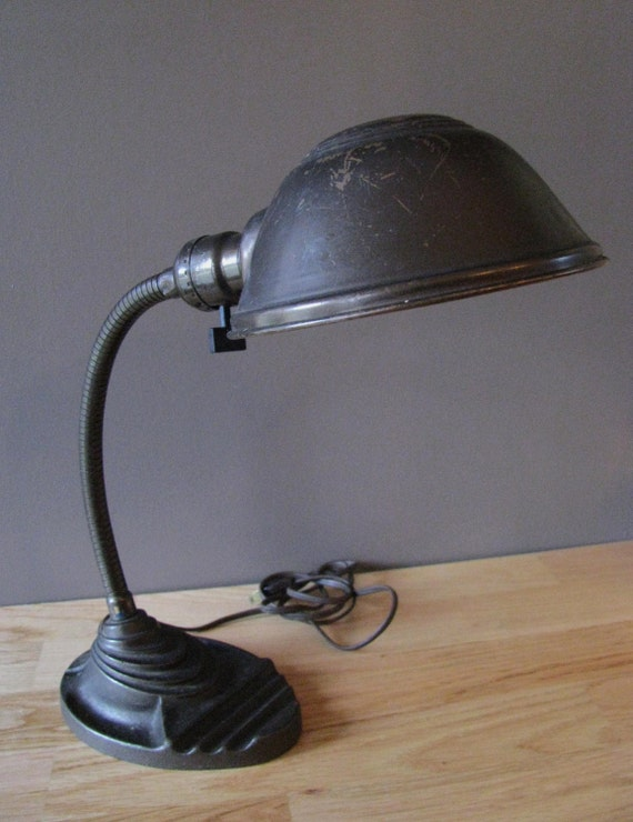 Vintage Eagle Lamp Company Metal Gooseneck Desk Lamp