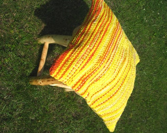 Handwoven rag rug - decorative pillow, ready for sale