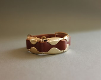 Leather Bracelet with 14K Gold Plated Wave Ornament(BROWN)
