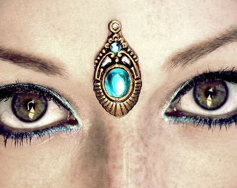 Cyan Bindi, tribal fusion, bellydance jewelry, fantasy jewelry, gypsy costume, third eye chakra, pagan, wicca, forhead jewelry, gold, blue