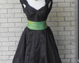 1980s Party Dress - Vintage Formal Dress - Taffeta Dress - Black and Green Dress - 80s Does 50s