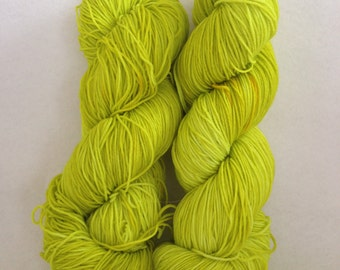 JENNA superwash merino sock yarn