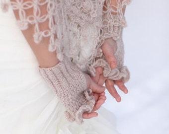 Bridal Mittens,Gloves,Fingerless Gloves, Mittens,Ruffle gloves,Wrist warmer,Bridal shawl and gloves set,Bridal gloves,Wedding Gloves
