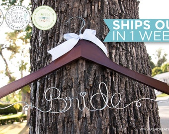 Bride Hanger / Wedding Hanger / Personalized Bridal Hanger / Wire Name hanger / Wire Hanger / Name Hanger / 6 Hanger Colors / 12 Wire Colors