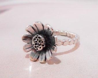 Daisy // Wildflower Ring // Sterling Silver