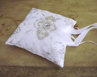 White and Silver Lace Ring Bearer Pillow/ Silver Bridal Pillow/ Lace Wedding Cushion/ Silver Wedding RIng Pillow/ White SIlver Ring Pillow