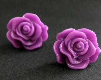 Lilac Rose Earrings in Silver Stud Earrings. Lilac Purple Flower Earrings. Lilac Flower Earrings. Flower Jewelry. Handmade Jewelry.