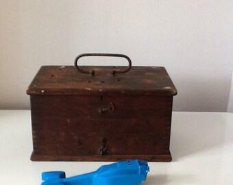 Vintag Oak Wood Battery Box Metal Handle
