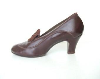 UK 5.5 Vintage 1940s brown art deco court shoes or pumps EU 38.5 US 7.5