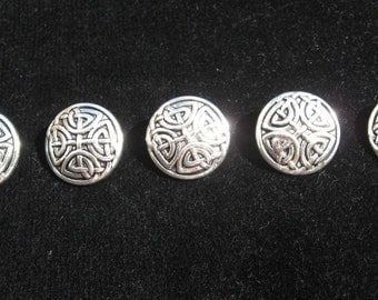 Silver tone celtic  buttons x5, buttons,pewter buttons,metal buttons,celtic design,celtic items,celtic,craft,dressmaking,notions