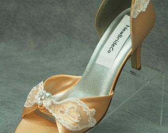 Wedding Peach heels comfortable 2.5'', Bridal Shoes, Open Toe Sandals, Satin D'Orsay Pumps, Vintage Retro 60s Inspired, Ivory LOVE Lace