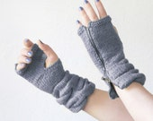 womens gloves / anniversary gifts / knit mittens / hand knit gloves / grey taupe / fashion accessories / Fingerless Gloves / Zipper Gloves