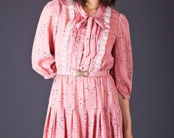 SALE 50% OFF 70s Vintage Pleated Bow Tie Mini Dress in Pink