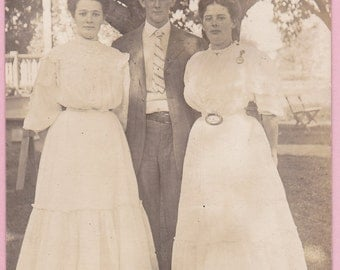 """Ca. 1909 """"2 Women and a Man"""" Real Photo Postcard - 147"""