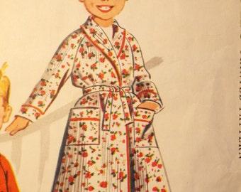 Little Cutie Pie Classic robe pattern McCalls 4613
