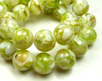10mm Light Olive Green, White and Beige Mother of Pearl and Resin Round Beads - 19pcs - MOP Chips, Mosaic Pattern - BF33