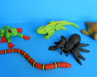 Reptile & Spider Cake Topper for a reptile party or birthday party