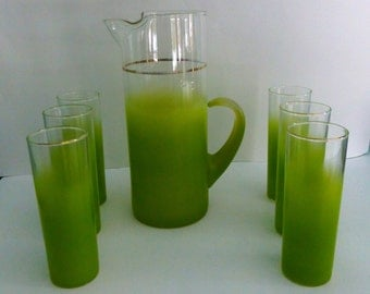Vintage Lime Green Blendo Pitcher and 6 Glasses