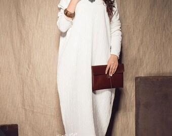XL,XXXL Maxi Dress / White Kaftan Linen Dress / Loose Casual Dress / Extravagant Long Dress / Party Dress