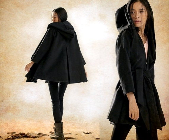 Hooded Cape Cloak for Women in Black Winter Cape Coat Wool