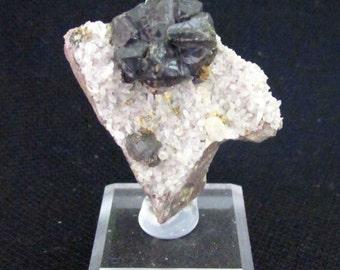 Mineral Specimen - Sphalerite, Quartz - The Commodore Mine, Creede, Mineral Co., Colorado, USA - geology - nearearthexploration
