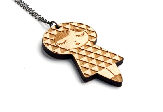 Doll pendant with uroko pattern - matriochka necklace - kokeshi jewelry - lasercut maple wood - triangle graphic jewellery - geometric