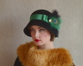 Black Felt Cloche Hat with GreenTrimming - Great Gatsby Cloche hat - Wool Felt Hat - Black Hat