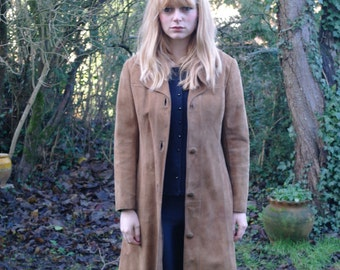 beige suede long jacket -vintage 70-
