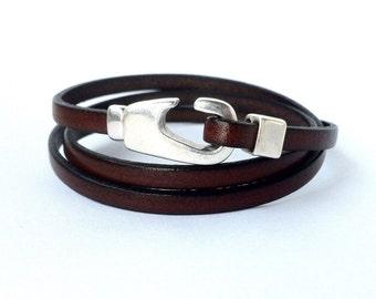 leather bracelet,  bracelet triple wrap, mens leather bracelet . women bracelet. Silver plated. Brown bracelet, hook clasp