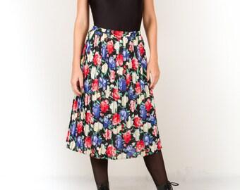 Vintage Flower Pleated Skirt / Black Red White Midi Skirt / High Waisted Pleated Skirt / Elegant Avant Garde Skirt / Women's Size Small