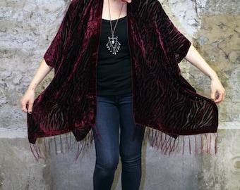 Velvet Kimono: Burgundy Zebra