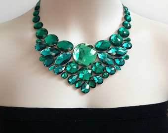 bib emerald necklace - emerlad green rhinestone bib necklace