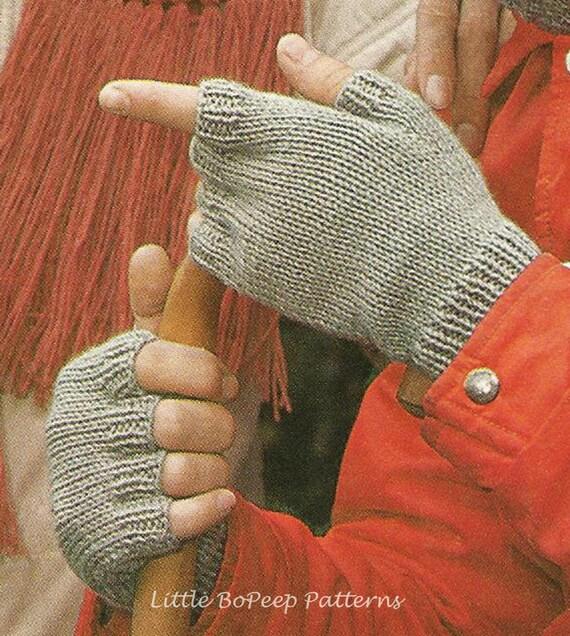 Knitting Patterns Uk Fingerless Gloves : Men s fingerless mitts knitting pattern pdf