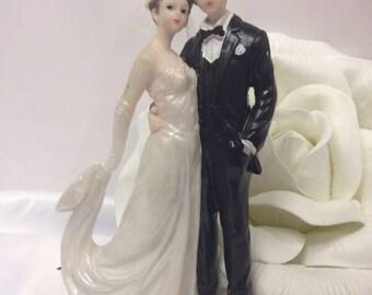 Bride and Groom Wedding Centerpiece Cake Topper Decoration Gift Keepsake