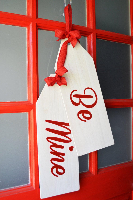 Valentine S Day Wreath Be Mine Door Hanger Tags Door