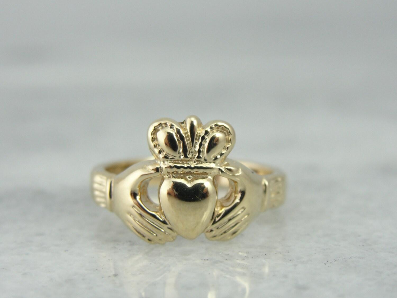 14k yellow gold claddagh ring vintage wedding 6845tx n