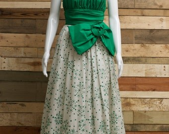Lovely bespoke emerald green sparkly ball/prom gown with giant bow uk 10