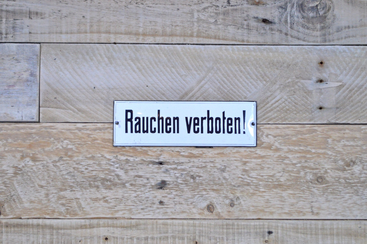 porcelain no smoking sign in german rauchen verboten german. Black Bedroom Furniture Sets. Home Design Ideas