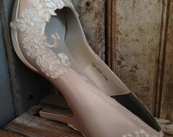 Beaded Ivory Lace Bridal Platform Pump Pearl Crystal French Lace Silver Metallic Thread
