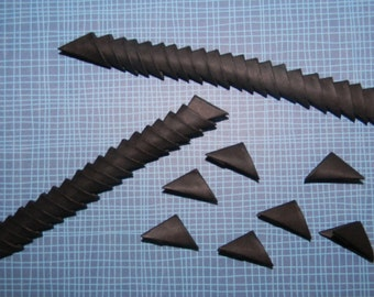 320 Black 3d origami triangles / pieces