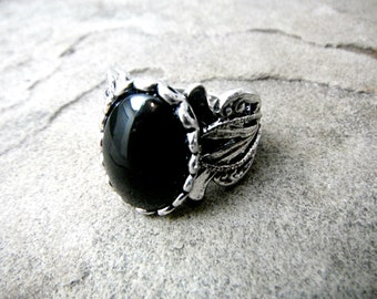 Silver Victorian Ring, Black Cabochon Ring, Antique Victorian Ring, Silver Filigree Ring, Victorian Statement Ring, Black Ring, Silver Ring