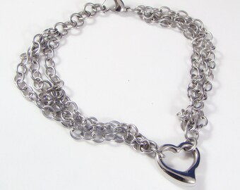 Heart in Chains Bracelet